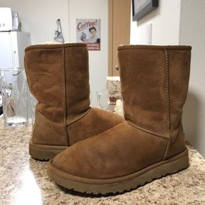 •LOW PRICE AS IS• $198 RETAIL LIMITED EDITION UGGS
